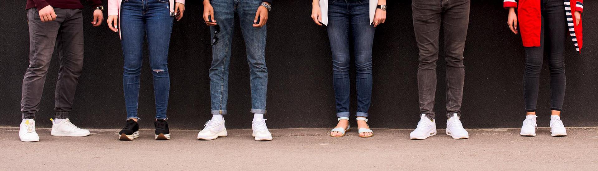 De inchaços a desmaios, ficar em pé pode causar problemas à saúde
